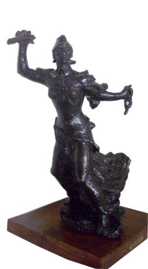 La Libertad . bronce . 63x40x26cm . 1930