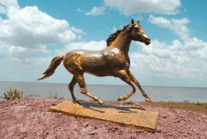 """""""Al Galope"""" . bronce a la cera perdida . 46x32x13cm . 2012"""