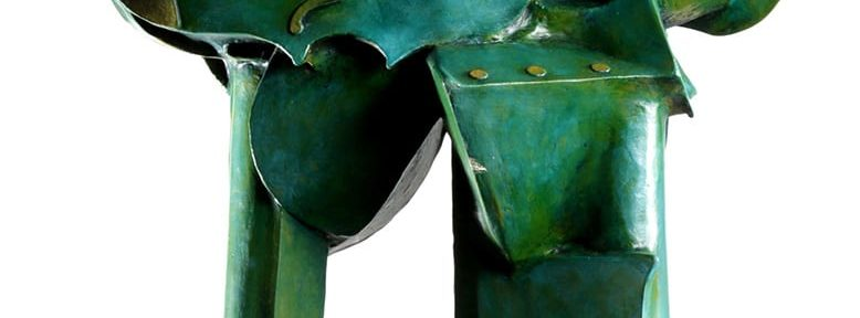 Monumento a un instrumento de cuerdas. Madera. 60x47x18cm. 2004