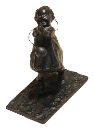 Niña con Globo . bronce . 33x18x10cm . 1940