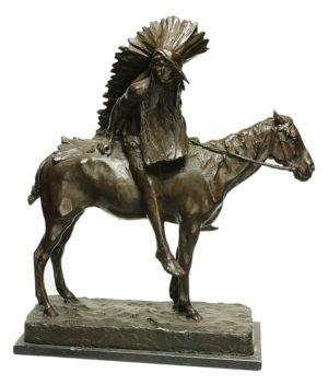 Paul Troubetzkoy . Jefe Indio . bronce . 60x29x55cm . 1893