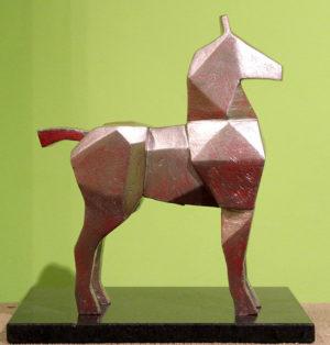 Claudio Barragán . Caballo de Plata . madera . 30 x 22 x 8 cm . 2018