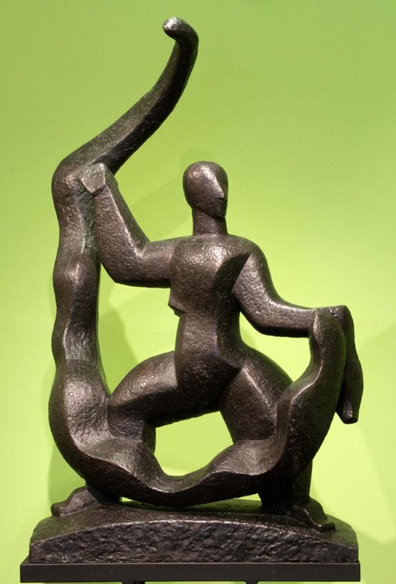 36034 Pablo Curatella Manes . El Hombre del Lazo . bronce . 150 x 95 x 70 cm . 1925