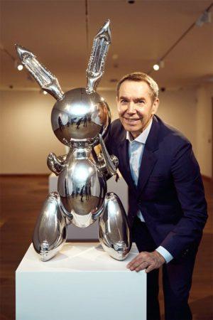 Koons con su conejo de 91 millones.